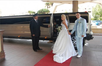 limo 16 seats wedding 1